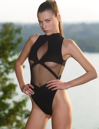 Akence featuring Valeria A by Luca Helios