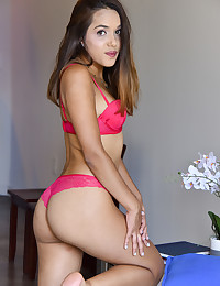 Hello FTV! What a fun day it was today. I loved those orgasms and using the toys so much. There was such a focus on my orgasms it felt like I could just do my thing and not be too bothered lol I would love to shoot more and try some girls too! I really hope u guys enjoy!