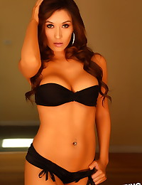 Busty Alluring Vixen Hayleen teases in her skimpy stunning outfit that leaves little to the imagination