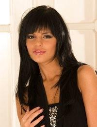 Sexy Brunette Babes @ Viewpornstars.com