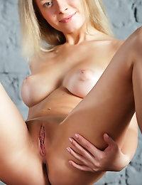 Free FEMJOY Gallery - ANNE P. - Bare Naked - FEMJOY