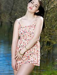Seenea featuring Sivilla by Matiss