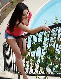 Lizean featuring Cira Nerri by Rylsky